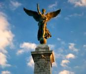 Monument George-Étienne-Cartier in Parc Jeanne-Mance, Montréal 2012-07-05
