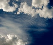 Vapour trail, clouds and blue sky in Dorval 2012-06-24